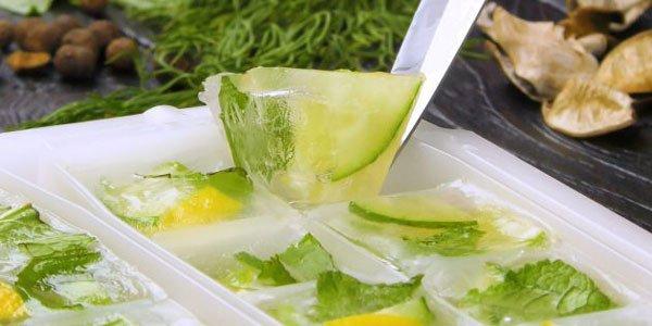 замороженный лимон, мята, лайм