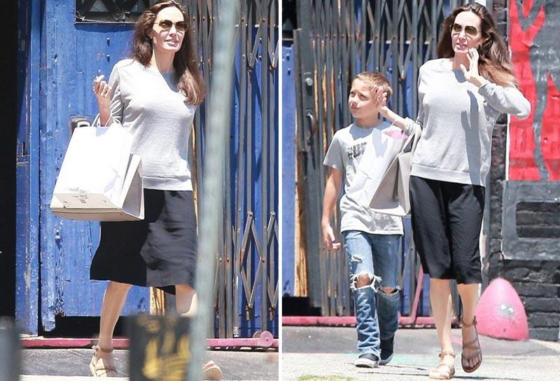 Анджелина Джоли с младшим сыном Ноксом на прогулке