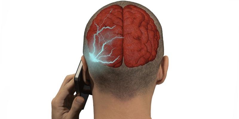 Учёные признали вред смартфонов для здоровья