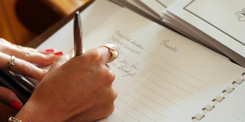 Подведите итоги уходящего года и постройте планы на Новый год