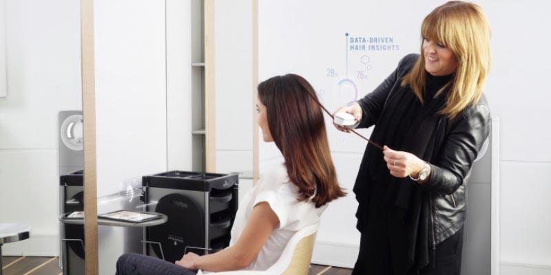 Schwarzkopf SalonLab умеет анализировать состояние волос