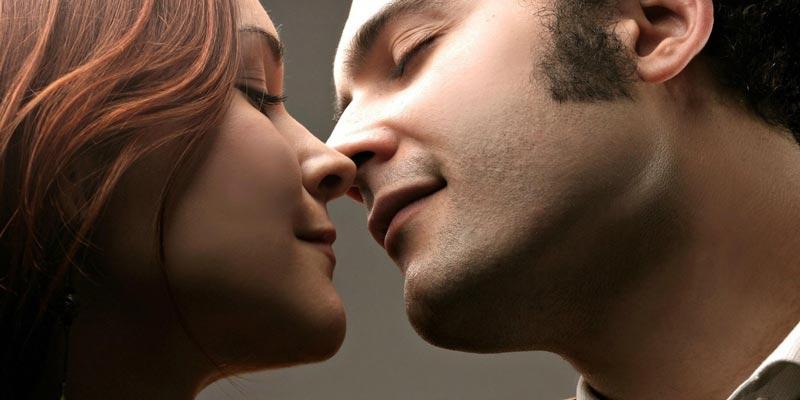 Как правильно целоваться с парнем?