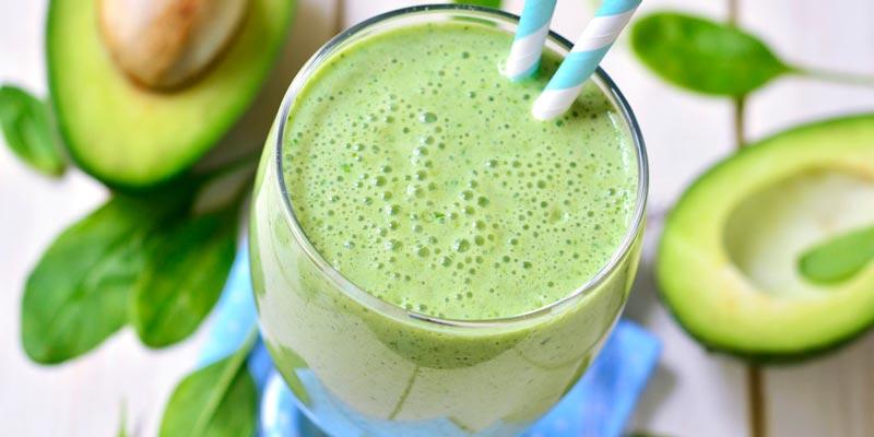 Рецепт коктейля для похудения из авокадо, груши и шпината