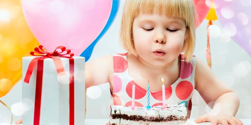 Что подарить на день рождение девочке? Идеи подарков на любой возраст