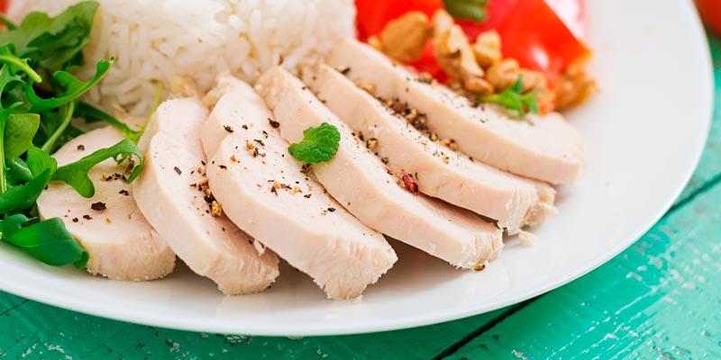 Как и сколько варить курицу: цельная тушка и её части