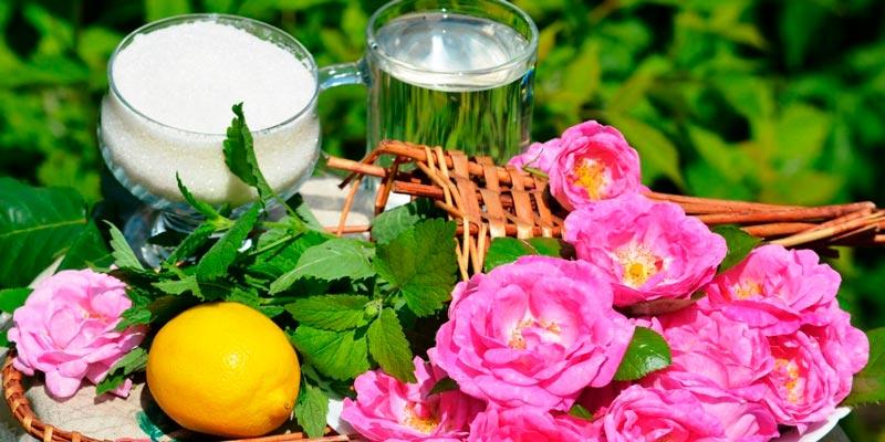 Варенье из лепестков чайной розы с лимоном