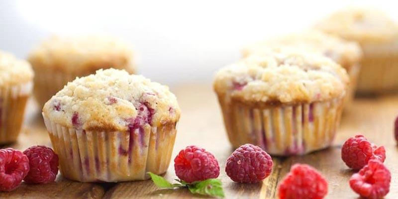 Способ приготовления маффинов с малиной и орехами
