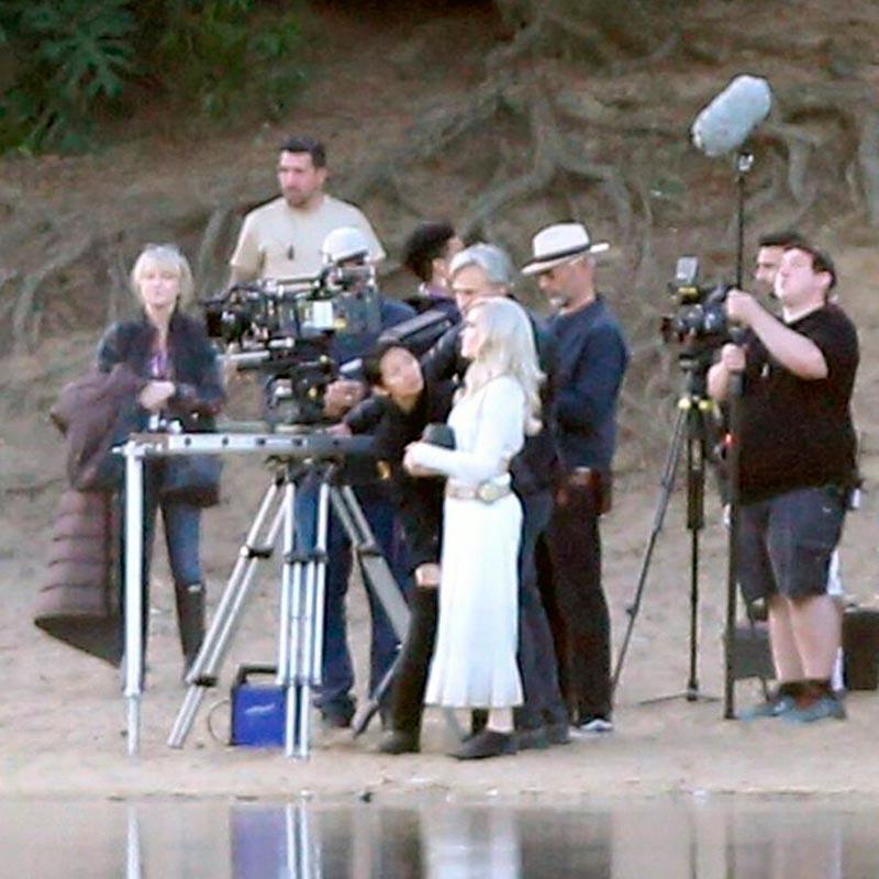 Первые кадры со съёмок «Вечных»: Джоли стала блондинкой